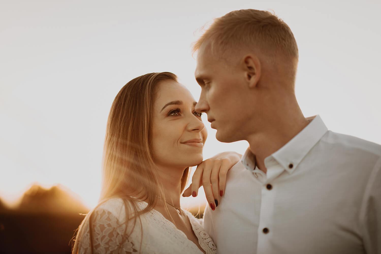 Ola + Maciej | miłość, lawendowe pole i złote światło
