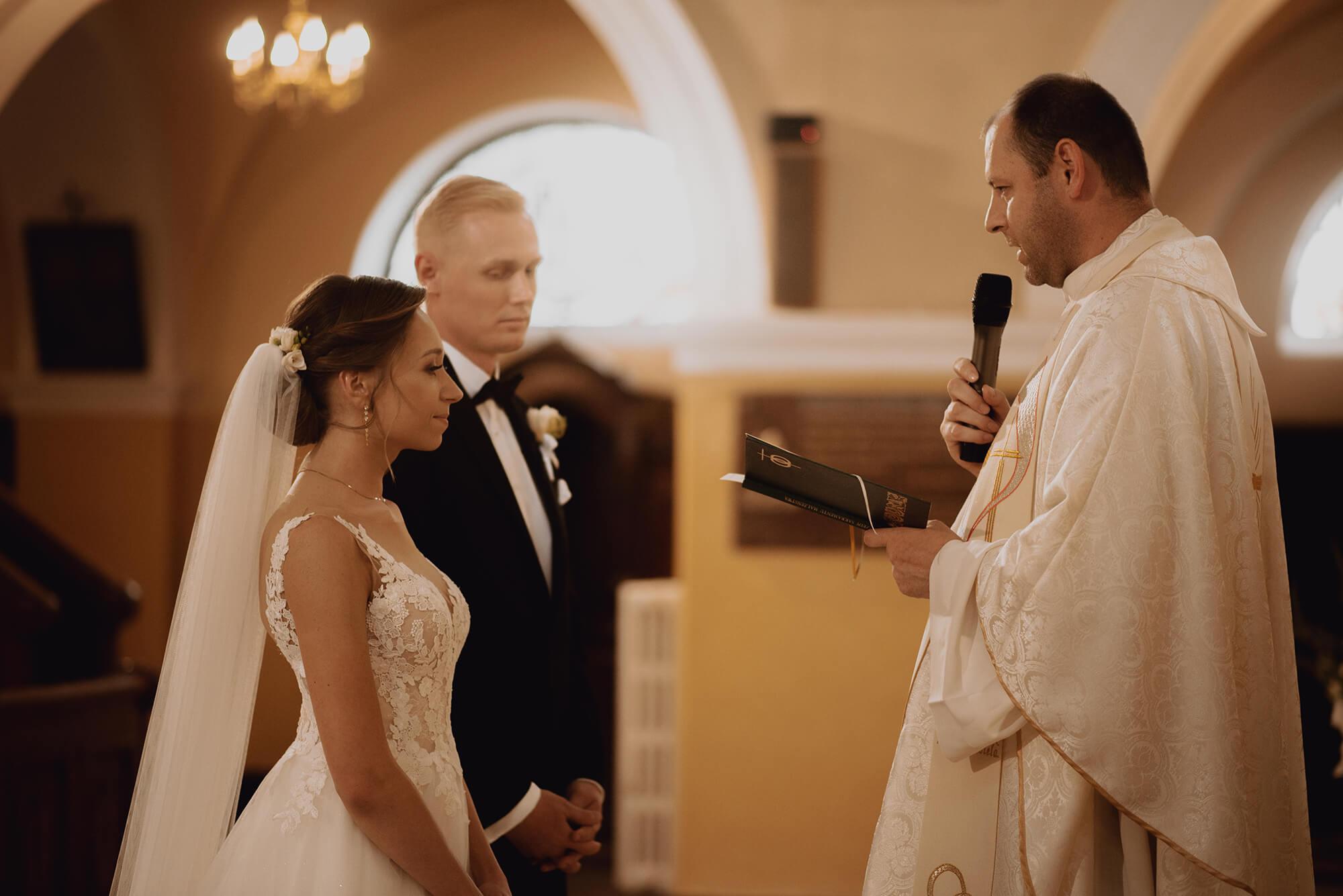 Slub wesele w dworze Hulanka00016 - Ola + Maciej | wesele w Dworze Hulanka