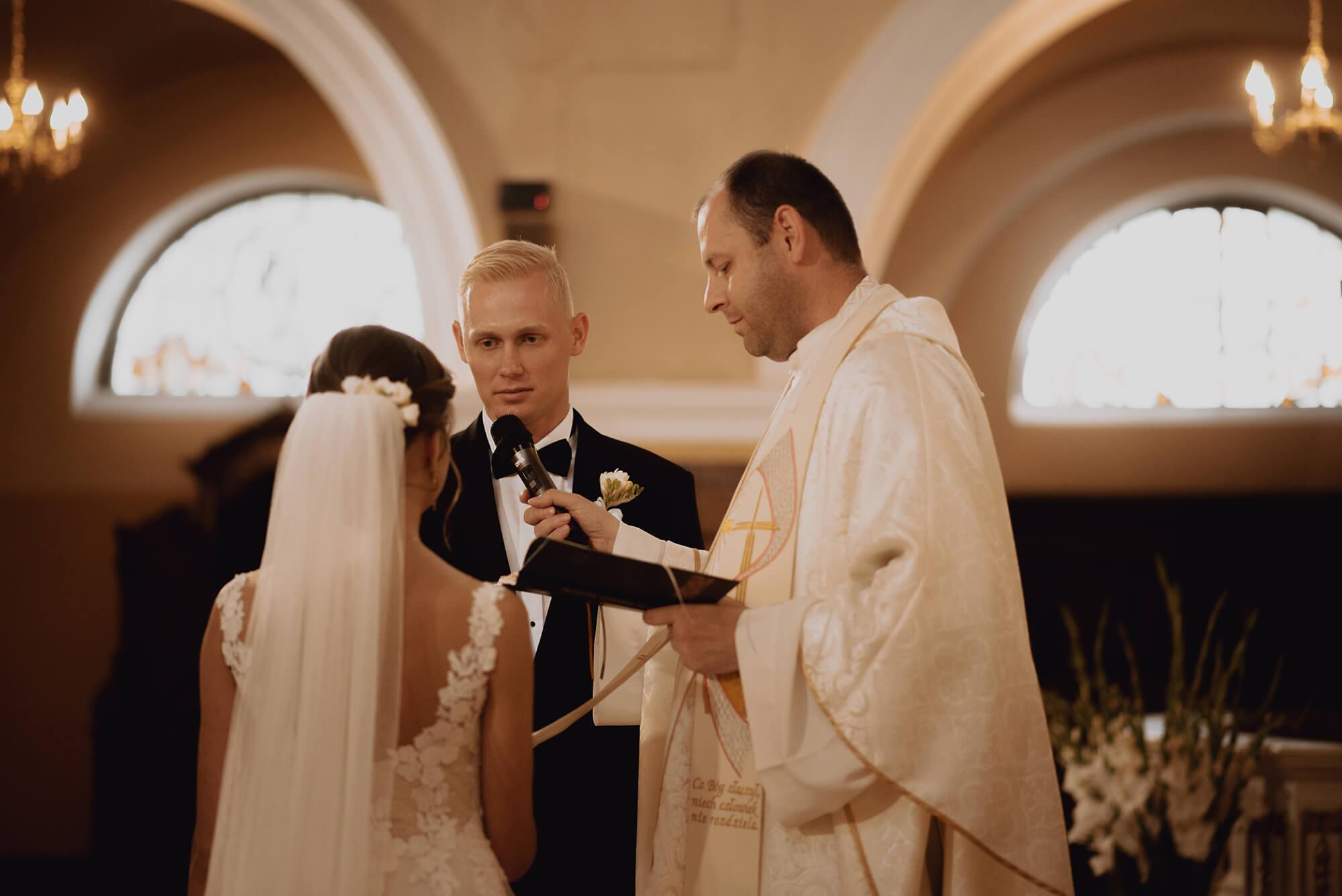 Slub wesele w dworze Hulanka00017 - Ola + Maciej | wesele w Dworze Hulanka
