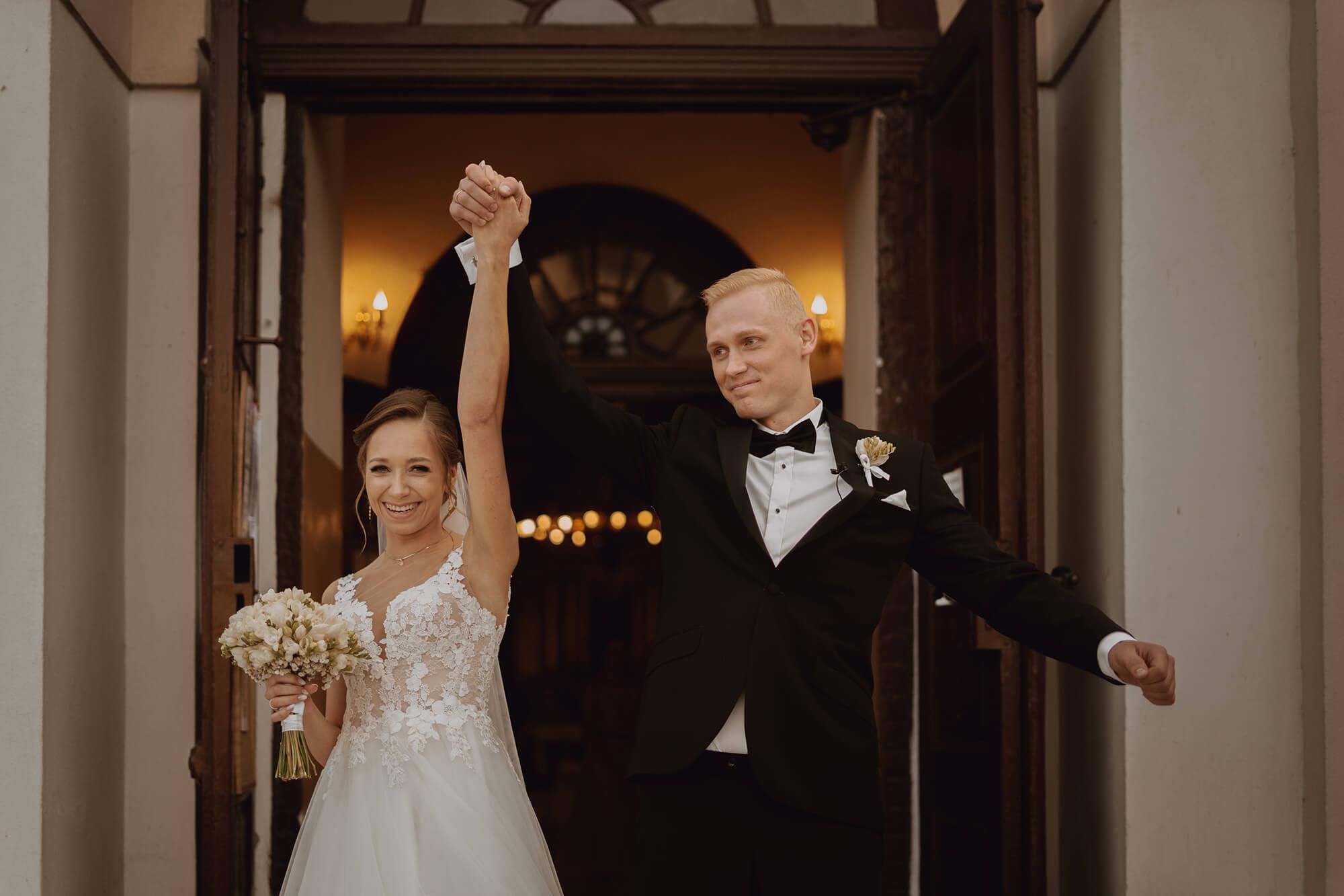 Slub wesele w dworze Hulanka00073 - Ola + Maciej | wesele w Dworze Hulanka