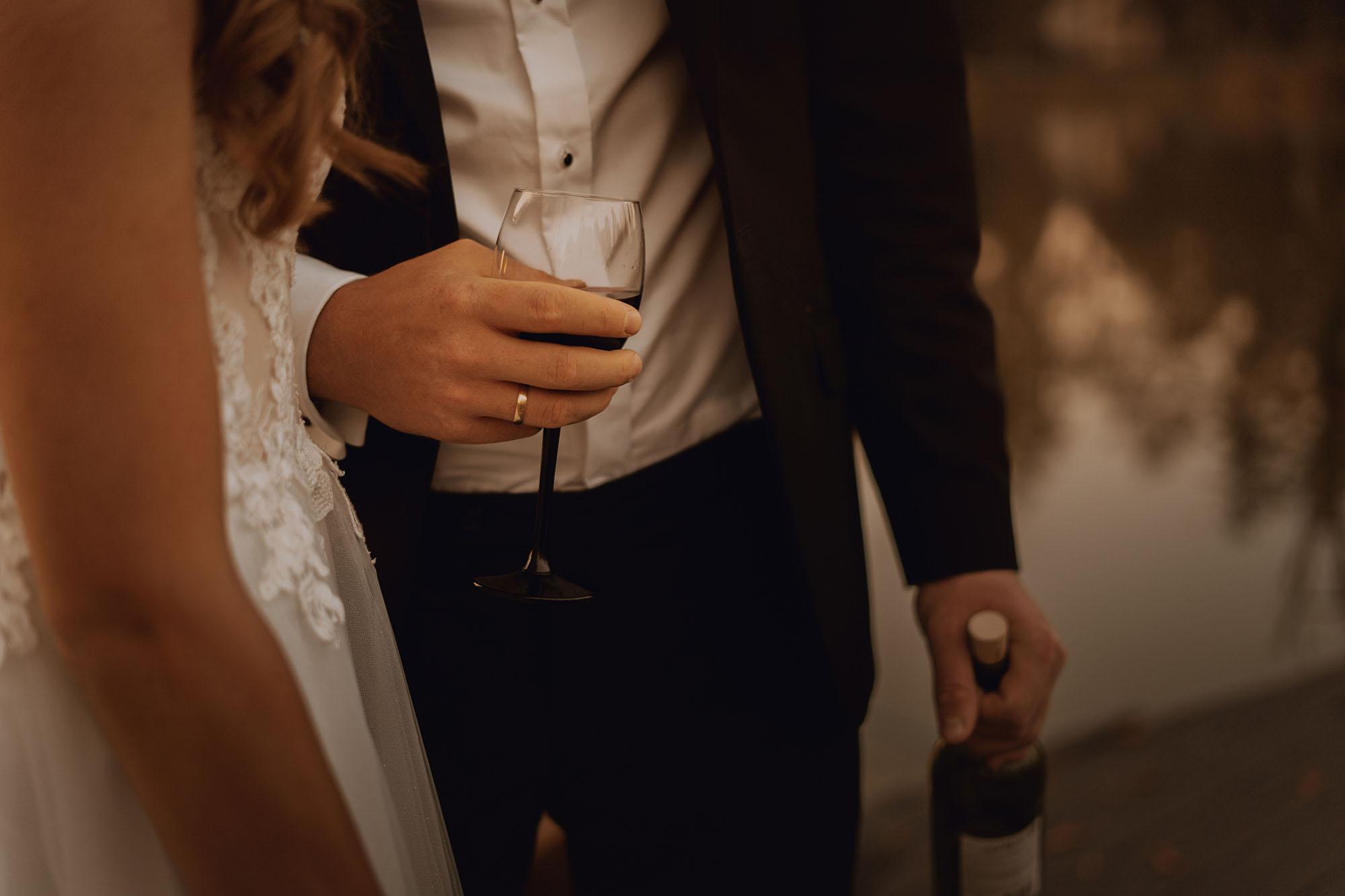 sesja slubna na lodce palac suchary00061 - Sesja ślubna przy Pałacu Suchary