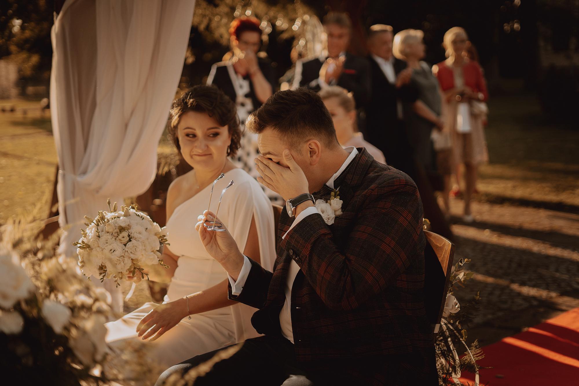 Plenerowy ślub w Dworku Korytków