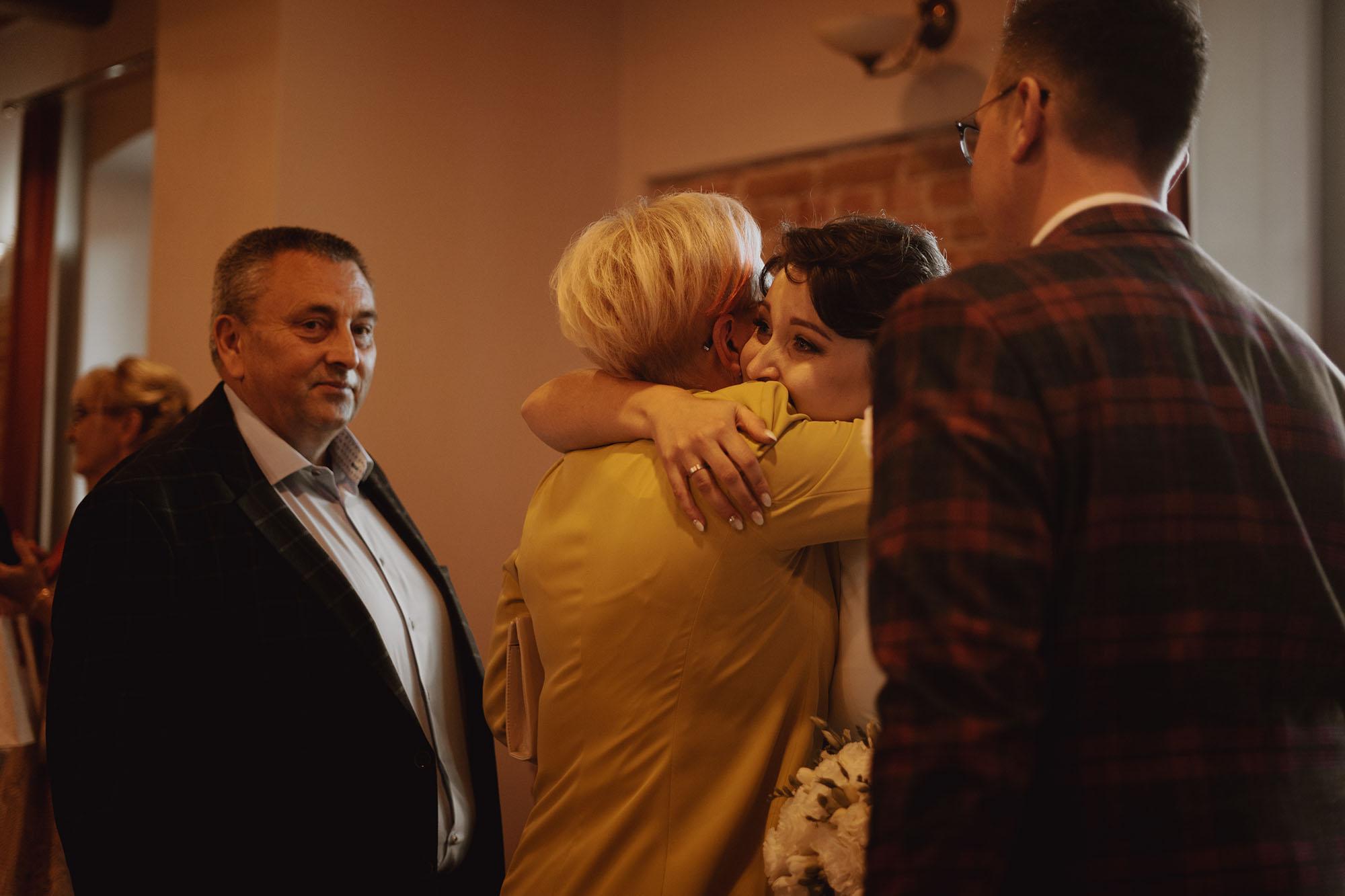 slub plenerowy dworek korytkow 00074 - Plenerowy ślub w Dworku Korytków