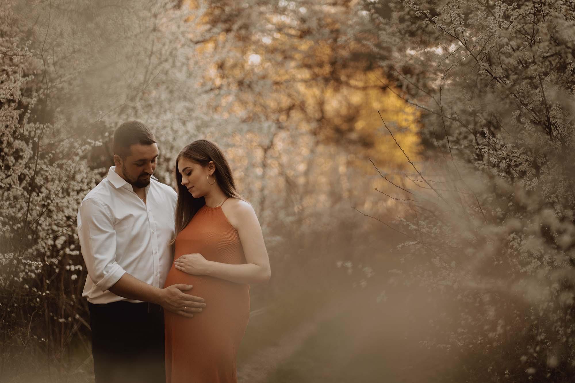 Wiosenna sesja ciazowa kielce00013 - Wiosenna sesja ciążowa