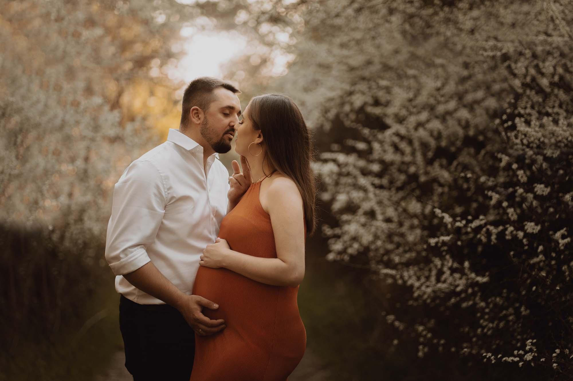Wiosenna sesja ciazowa kielce00017 - Wiosenna sesja ciążowa