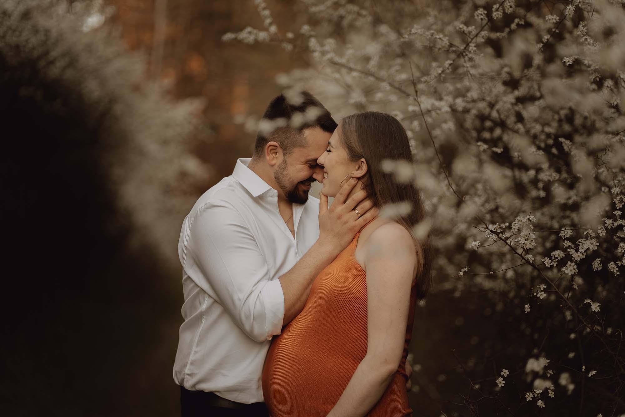 Wiosenna sesja ciazowa kielce00028 - Wiosenna sesja ciążowa